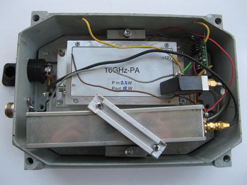 Transverter 10GHz s 10W linearom